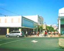 20100516010933-cienfuegos-sus-calles-historias....jpg
